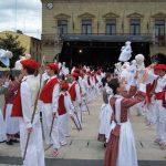 Procession of tinkers (caldereros) and of Iñude eta Artzaiak