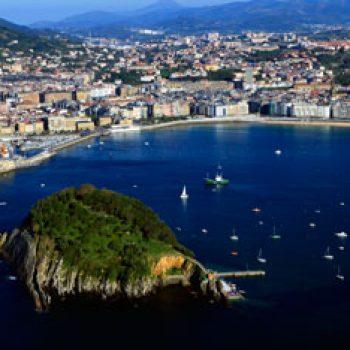 Santa Clara y Bahía de Donostia / San Sebastian