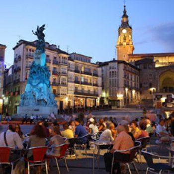 Plaza de la Virgen Blanca