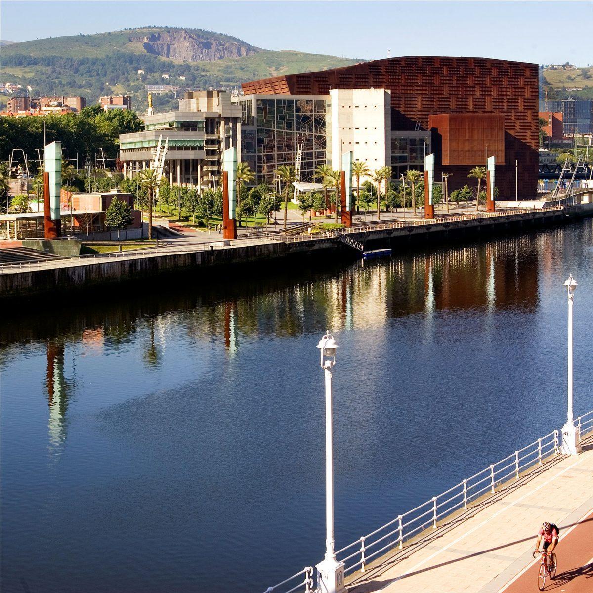 Palacio Euskalduna Jauregia. Palacio de Congresos y de la Música