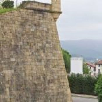 Hondarribia Walls