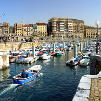 Entrada al puerto de Donostia