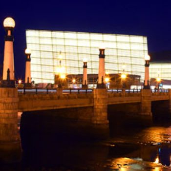 Puente de la Zurriola y Kursaal